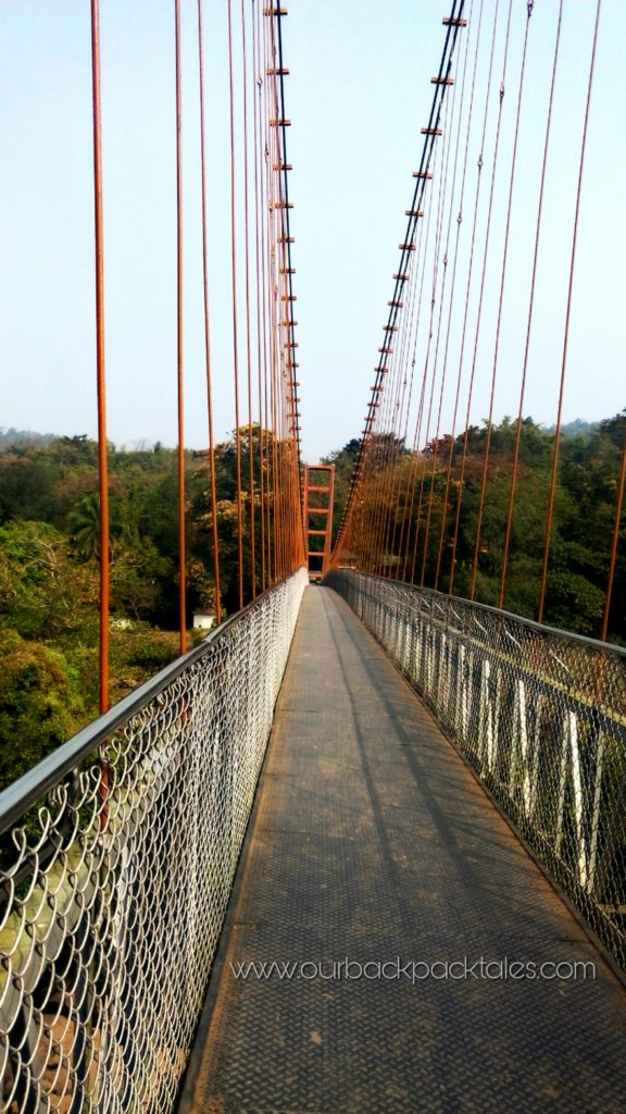 Thumboormuzhi hanging bridge chalakudy river Top places near athirapally waterfalls our backpack tales 3